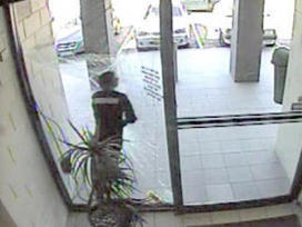 Watch: Robber slams into glass door during getaway   Strange days indeed...   Scoop.it