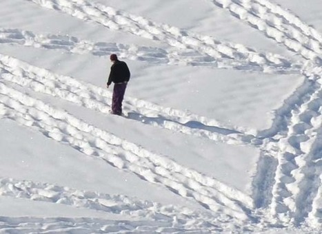 It Looks Like A Crazy Guy Just Walking Around In The Snow. Then You Zoom Out And.. Whoa. | Mathematics Education | Scoop.it