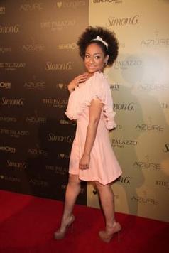 Un chignon afro pour la soirée : Raven Symoné donne le « la » ! - Culturefemme.com | nappy word | Scoop.it