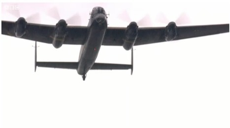 Queen enjoys Lancaster Bomber flypast over palace | 460 Squadron - Bomber Command: 1942-45 | Scoop.it
