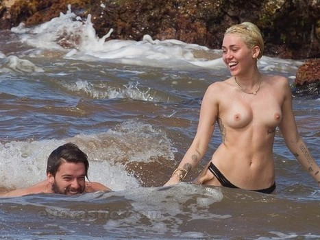 "Miley Cyrus Topless In Water | ""FOLLIEWOOD"" 