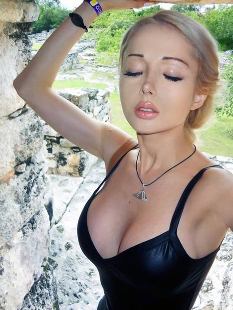 Ukranian model  Valeria Lukyanova who has body proportions of a doll   Hot & Sexy Actresses, Models, Women Photos...   Scoop.it