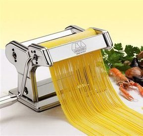 Homemade Pasta Recipe: It's Easy! - Kitchen Gadget Reviews   ♨ Family & Food ♨   Scoop.it