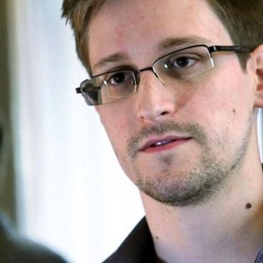 Edward Snowden 'fears for his life,' according to Russian state-run media - Snapzu.com   Animals I like   Scoop.it