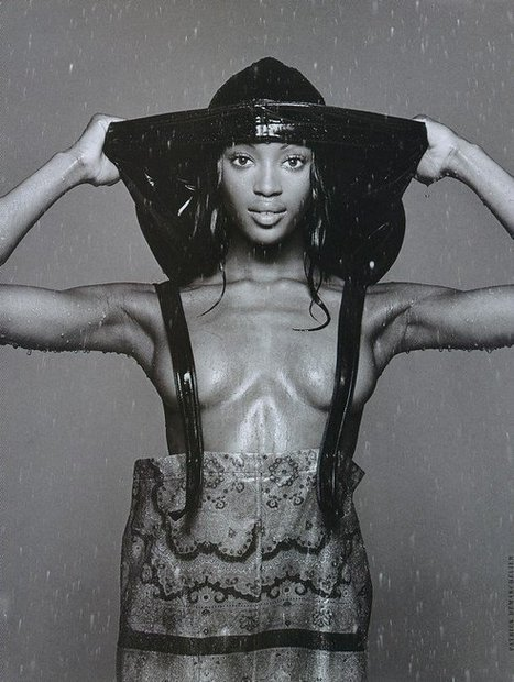 NAOMI CAMPBELL wearing Karl Lagerfeld | CHRONYX.be : we like it sexy too ! | Scoop.it