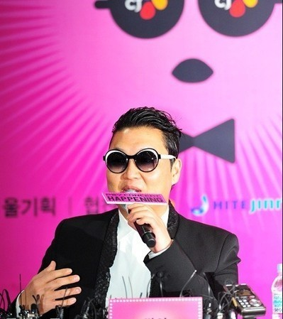 Psy 'Gentleman' Ready to Take Over the Global Music Industry Once More | Choi's Music industry news | Scoop.it
