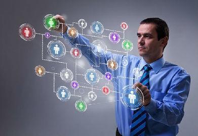 Chef d'entreprise : les enjeux de l'utilisation des réseaux sociaux | Webmarketing & TPE-PME | Scoop.it