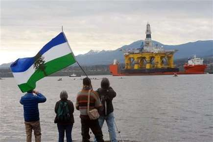 Shell, Greenpeace spar over Arctic drilling safety zones | Sustain Our Earth | Scoop.it