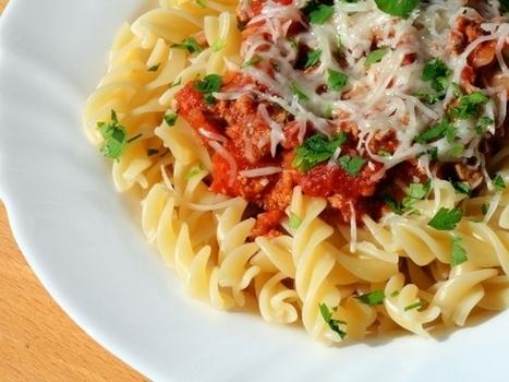 Fusilli sans gluten, sauce tomate au bœuf | Recettes Mieux Vivre par Auchan | Scoop.it