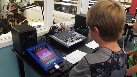 Technology Bits Bytes & Nibbles | How to make a student iPad podcasting studio. | Student Engagement and BYOT | Scoop.it