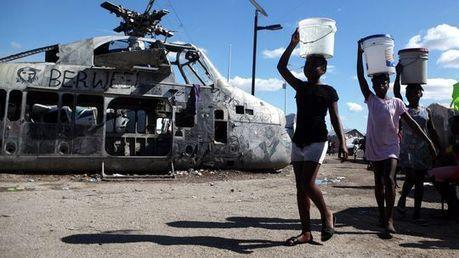Armut in Haiti: Ausländer mit Helfersyndrom lähmen Haiti   A Geography Scrapbook   Scoop.it