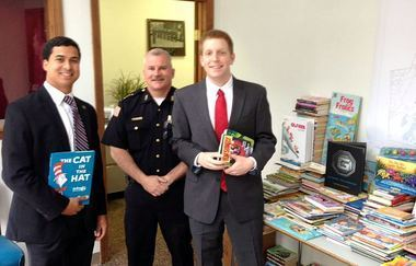 Holyoke to promote child literacy by creating 'mini-libraries' at police substations, stocking cruisers with books | The New Library and Library Technology | Scoop.it