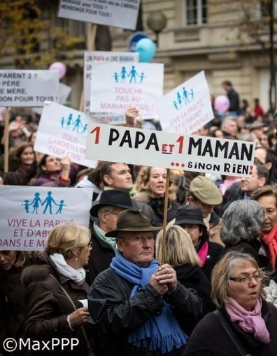 Manif anti mariage gay : Caroline Fourest et les Femen frappées | Mariage pour tous et toutes. | Scoop.it