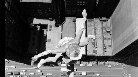 Acrobats over Chicago, 1955   Vintage, Robots, Photos, Pub, Années 50   Scoop.it