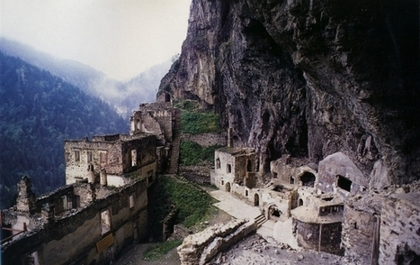 Cornucopia Magazine Of Mountains and Monasteries | Ancient Castles & Monasteries | Scoop.it
