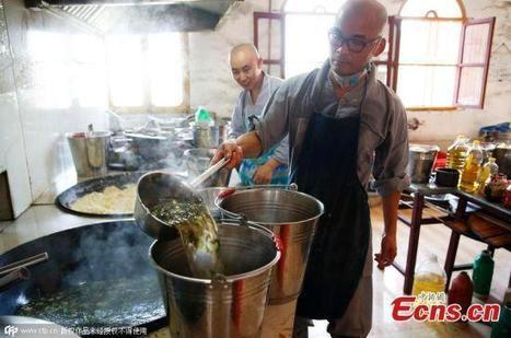Chinese Millionaire Gives Up Fortune, Lives in Isolation for Two Years to Become Buddhist Monk | Strange days indeed... | Scoop.it