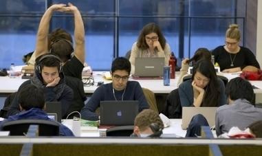 Universités - Bibliothèques en crise d'identité - Le Devoir (Abonnement) | Bibliothèque | Scoop.it