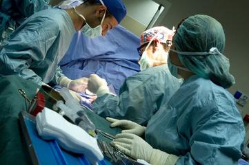 Direct Hôpital - Smartphones sur les lieux de soins : une expérience algérienne | eSanté - eHealth | Scoop.it