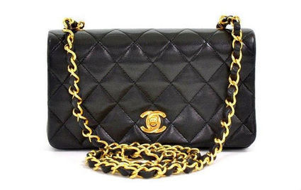 Pilgrim New York Is Hosting a Big Vintage Chanel Bag Sale | Chanel | Scoop.it