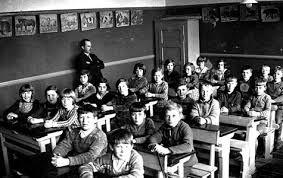 Artikel. At være lærer gennem 200 år   Den Danske Folkeskole   Scoop.it