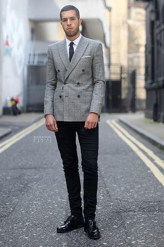 Un Blazer Zara Aux Motifs Parfaitement Mis En V