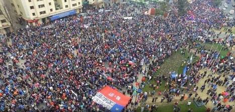 CNA: Multitudinaria Marcha en Chile contra los Fondos Privados de Pensiones | La R-Evolución de ARMAK | Scoop.it