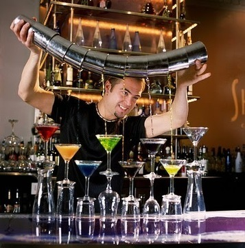 Check the Expectation from a Professional Bartending Course | Business Services | Scoop.it