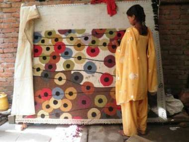 UP's weavers: Weaving tales of misery under state neglect | Media Fellowships for reporting on TB | Scoop.it