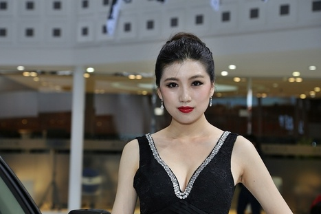 Peking: Messe-Babes 2014 › Mein Auto Blog | april 14 | Scoop.it
