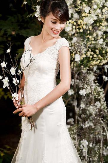 Váy cưới ren   Váy cưới ren: Váy cưới đẹp cho cô dâu - TuArts.net   Váy cưới   Scoop.it