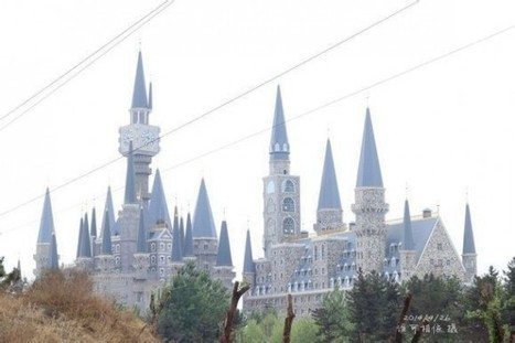 Newly-Opened Chinese School of Arts Is a Real-Life Hogwarts | Timesavers | Scoop.it