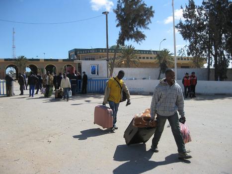 Les douanes en Afrique: petites tracasseries sur les routes | 7 milliards de voisins | Scoop.it