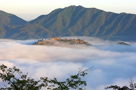 Takeda Castle Ruins – Japan's Breathtaking Castle in the Sky | Strange days indeed... | Scoop.it