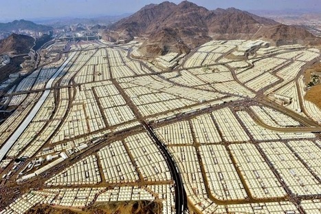 Photo series - Mina, The City of Tents | AP HUMAN GEOGRAPHY DIGITAL  STUDY: MIKE BUSARELLO | Scoop.it