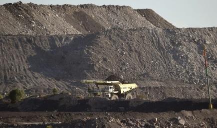 India-backed Australia mega coal mine to start work mid-2017 | Sustain Our Earth | Scoop.it