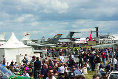 IN FOCUS: Farnborough air show promises to be another success, despite its detractors | Allplane: Airlines Strategy & Marketing | Scoop.it