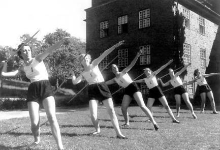 Hitler's Furies: German Women in the Nazi Killing Fields | Outbreaks of Futurity | Scoop.it