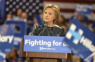 Hillary Adviser on Wall Street Speeches: 'It's Pretty Bad' | Global politics | Scoop.it
