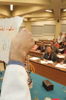 ENSEÑANDO QUÍMICA - Curso de actualización de prácticas de laboratorio para profesores de Biología de ESO y Bachillerato | Facultad de Ciencias (UNAV) | Scoop.it