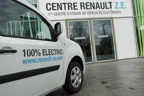Renault prend son mal en patience sur le véhicule électrique | Matériel électrique | Scoop.it