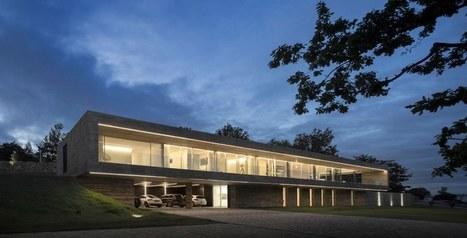 impressionnante maison contemporaine tout en lo. Black Bedroom Furniture Sets. Home Design Ideas