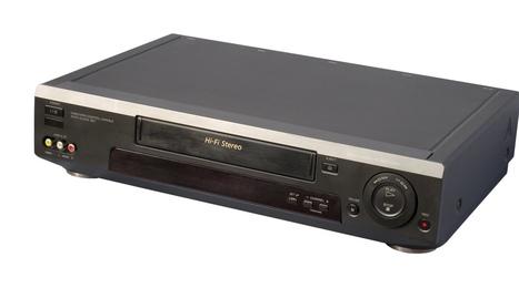 Laatste fabrikant stopt met productie VHS-videorecorders | EuroSys Education | Scoop.it
