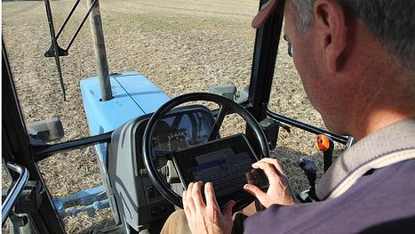 Tweeting farmers bridge gap between farm, table - Business - CBC News   Agricultural Journalism   Scoop.it