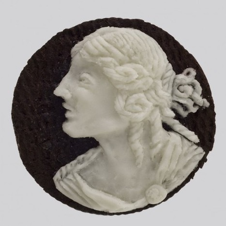 Judith G. Klausner's Carved Oreo Cookie Portraits | VIM | Scoop.it