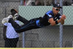 Six of the best - cricket catches in the deep - Stuff.co.nz | Sachin Ramesh Tendulkar | Scoop.it