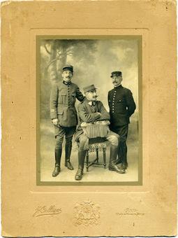 Degrés de parenté: Médecin dans la Grande Guerre | GenealoNet | Scoop.it