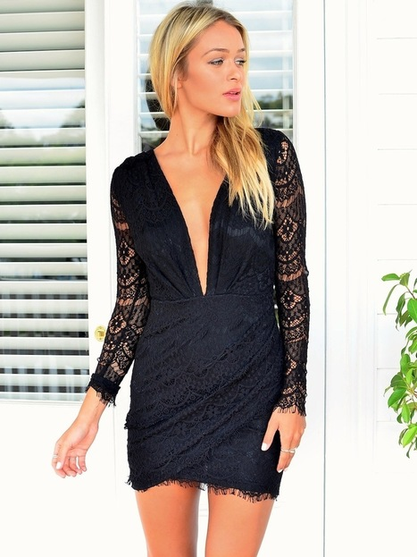 Summer clothes » Jacobs dress – Black lace dress featuring key hole open back   Summer clothes   Scoop.it