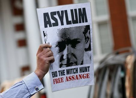 Le spectaculaire retour sur scène de WikiLeaks | Libertés Numériques | Scoop.it