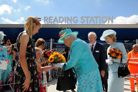 Her Majesty the Queen officially opens Reading Railway Station - Reading Post | Accessible Travel | Scoop.it