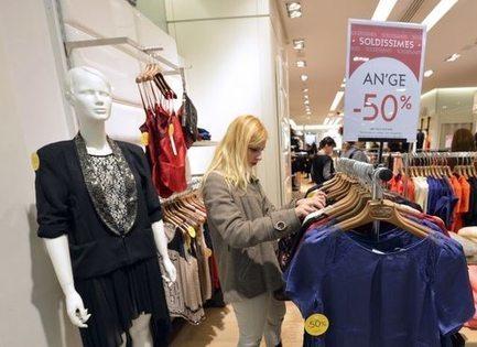 43 % des Français ont fait les soldes dès le premier jour   LAB LUXURY and RETAIL : Marketing, Retail, Expérience Client, Luxe, Smart Store, Future of Retail, Commerce Connecté, Omnicanal, Communication, Influence, Réseaux Sociaux, Digital   Scoop.it